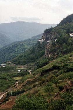 View up to Dzong Drakha