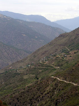 Road leading eastwards to Tashigang