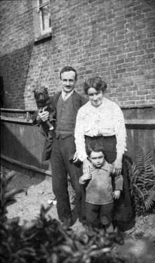 George, Harry & Bessie Wells