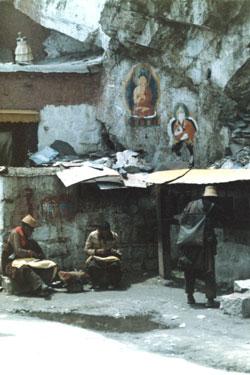Artesans at the Potala side