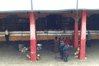 Jokhang entrance