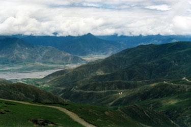 View from Kamba La