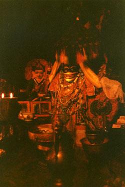 Palhalupuk cave temple