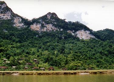 M'nong village