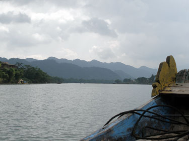 River near the Phong Nha cae