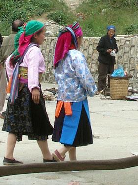 Hmong ladies