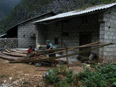 Spinning hemp