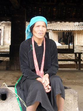 Hmong lady